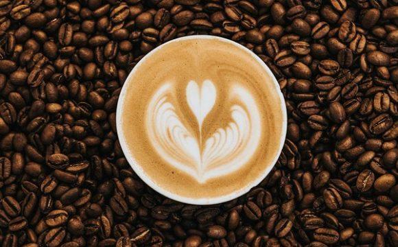Zielona kawa skąd pochodzi?